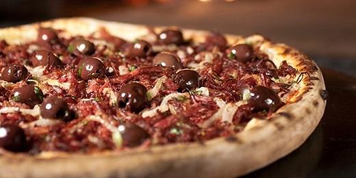 Estudo do Idec aponta que pizza brasileira é salgada e gordurosa demais